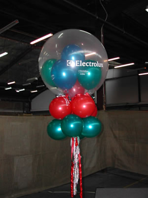3 custom print balloons