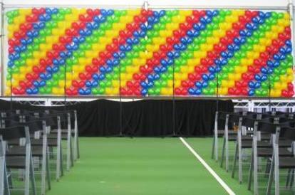 Striped Balloon Wall Qlinks