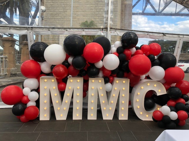 MMC Balloon Garland Red and Black